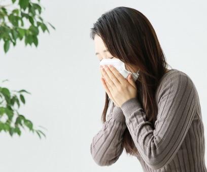 花粉症の増加・悪化は大気汚染が原因|PM2.5やVOC、NOX、SOX